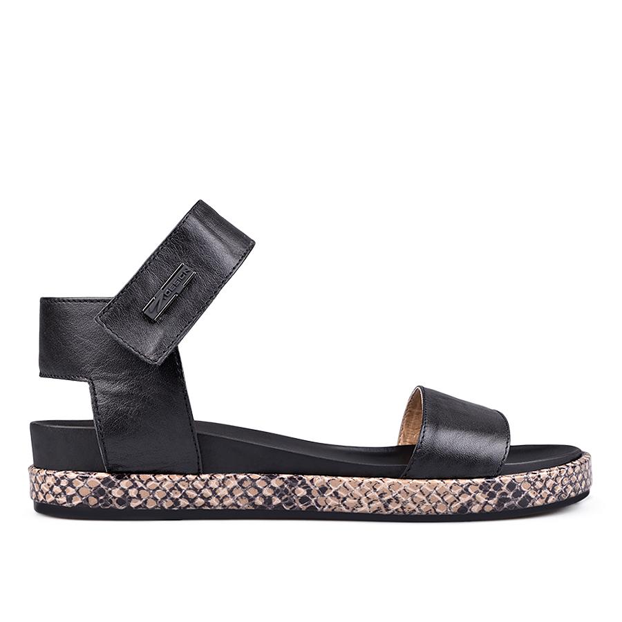 4693b9e2ca6 Дамски ежедневни сандали черни 0131404
