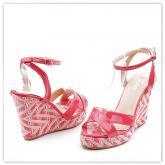 Дамски сандали с платформи